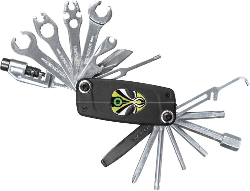 narzędzia rowerowe w narzędziowniku multitool