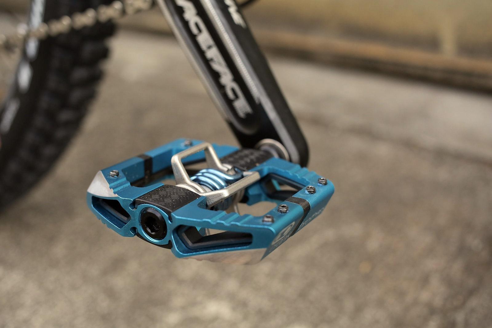 pedały rowerowe platformowe z systemem spd