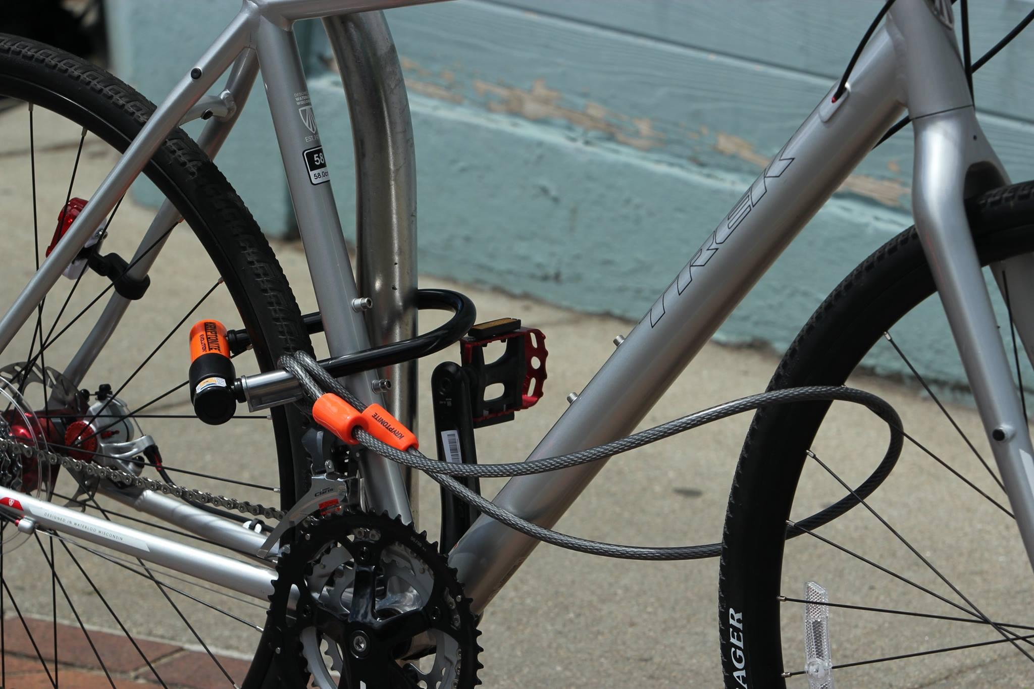 zapięcie do roweru kryptonite ulock z linką stalową