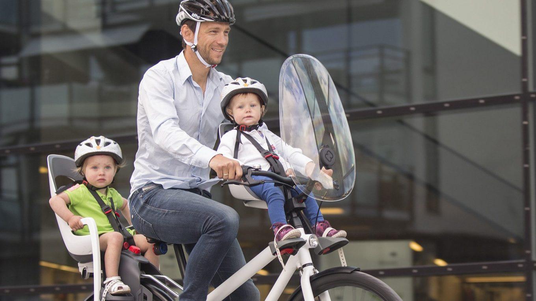 montaż fotelika rowerowego na kierownice i na bagażnik