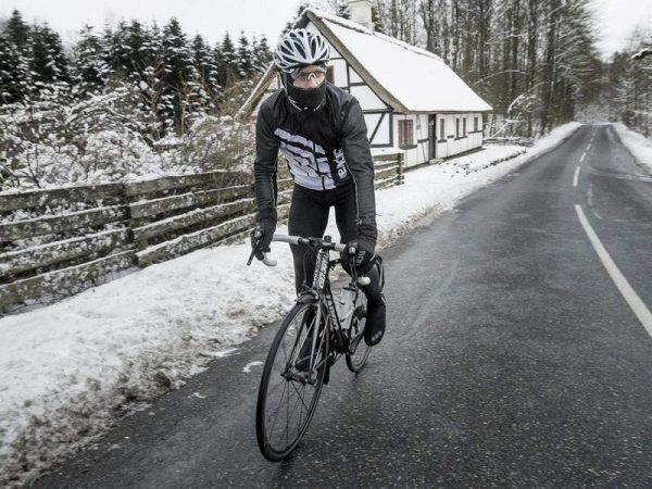 kominiarka na rower zimą
