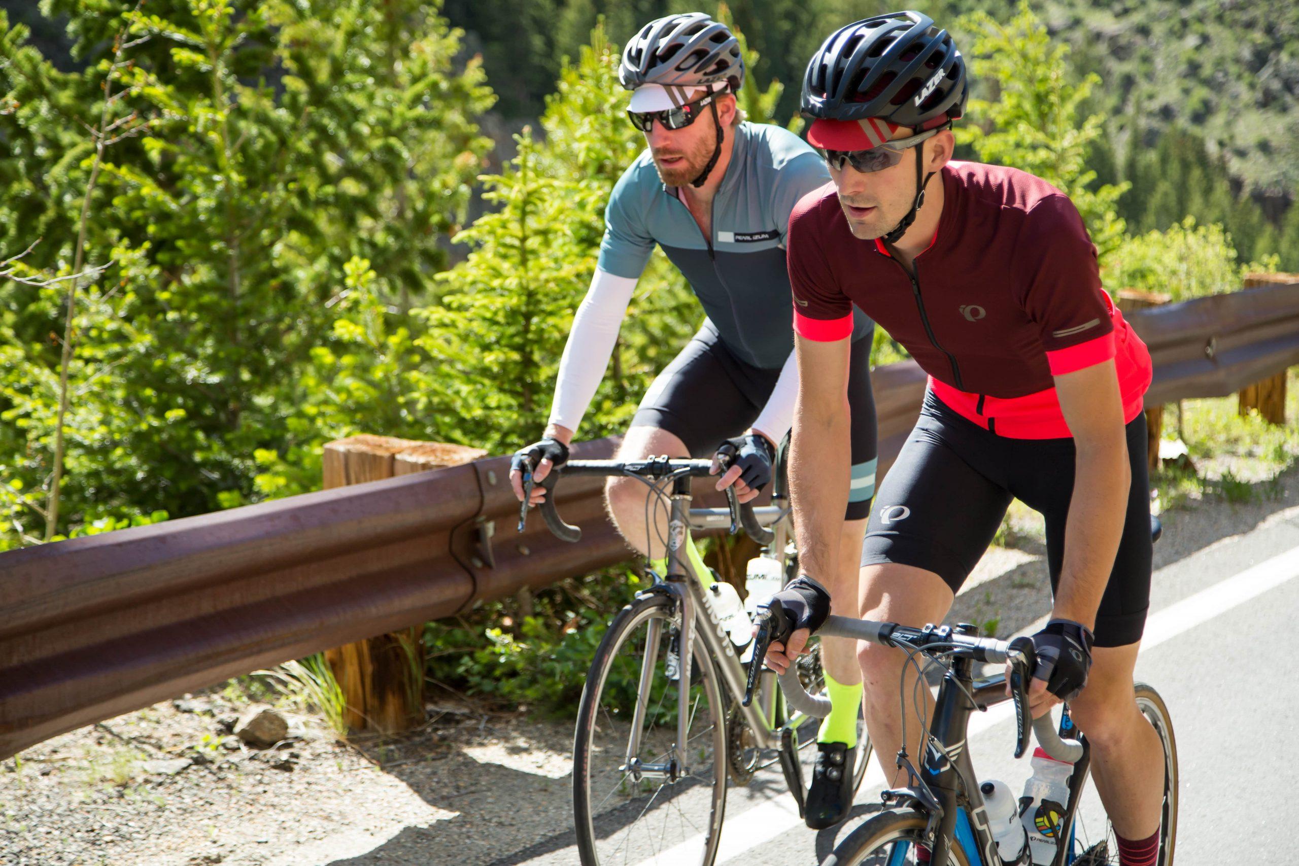 kask rowerowy dla kolarzy szosowych