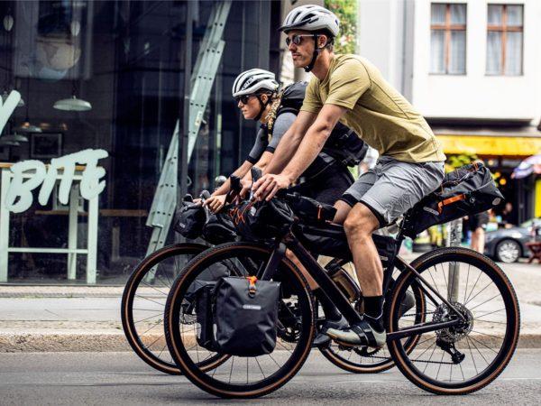 rowerzyści i bikepacking