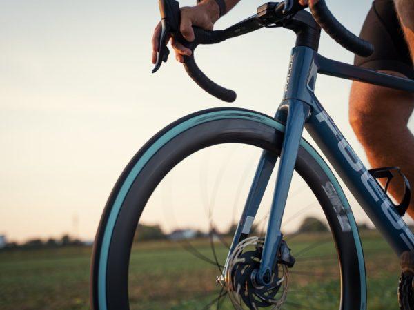 opony szosowe w rowerze