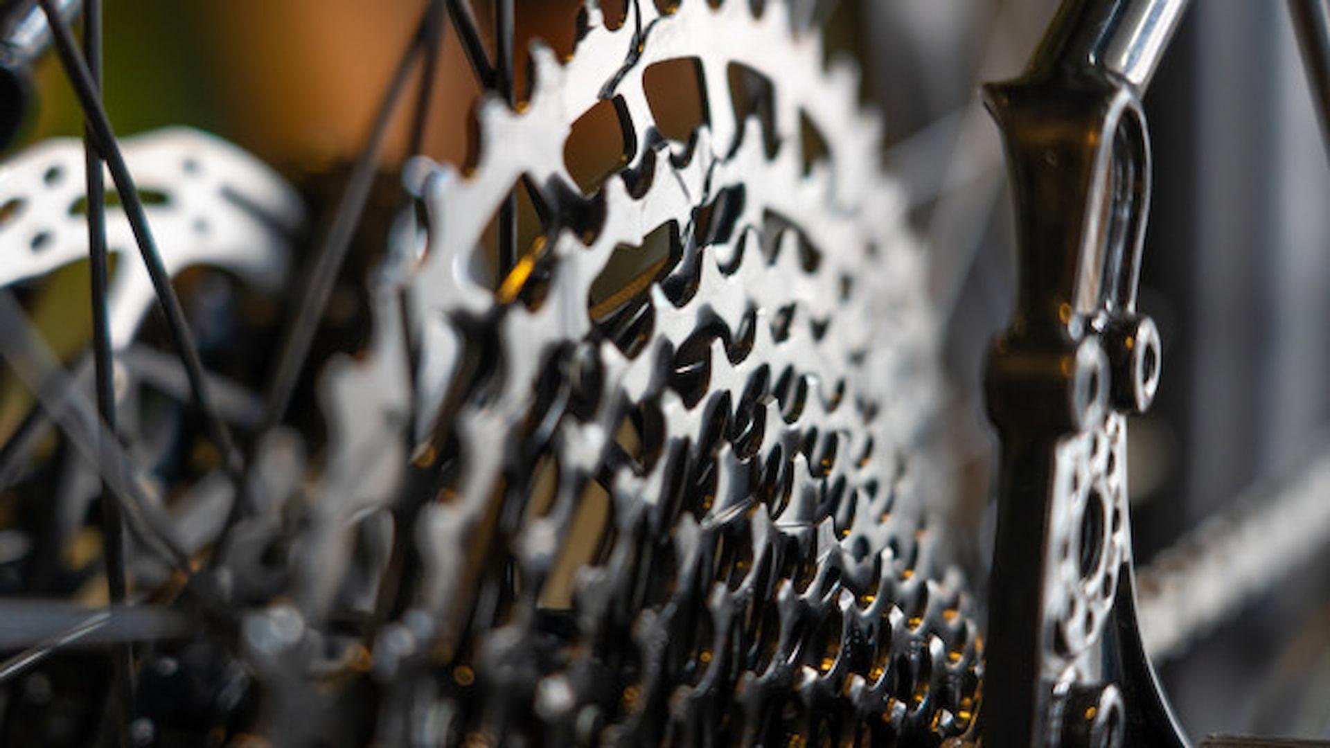 kaseta rowerowa ukazana z bliska