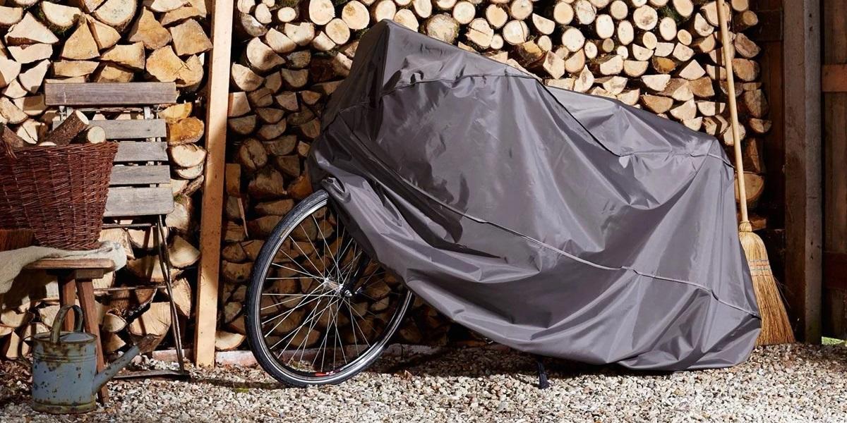 pokrowiec rowerowy chroni rower przed złą pogodą